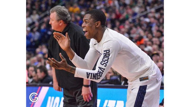 Myers Makes Impact On and Off Court for WVU