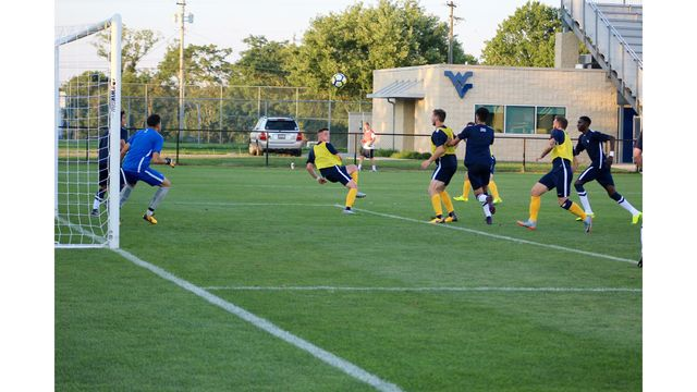 WATCH: Gold Defeats Blue 4-0 in Men's Soccer Scrimmage