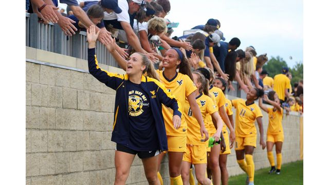 WATCH: No. 1 Mountaineers Earn First Home Win