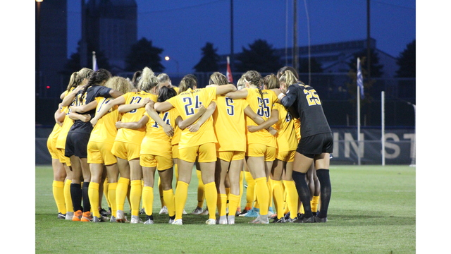 WVU moves up in polls as regular season nears end