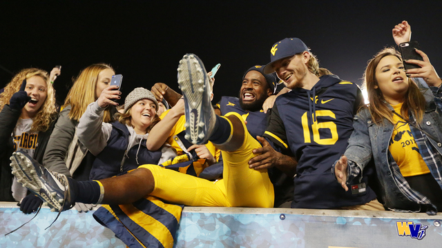 WVU moves up in CFP Rankings