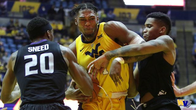 WVU hoops drops fourth straight